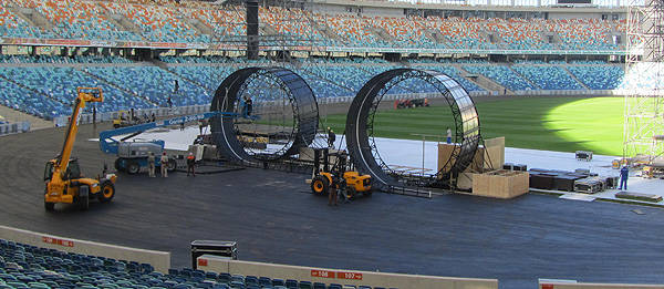 TopGear.com.ph Philippine Car News - Top Gear Live stunt team to attempt world's first double loop-the-loop
