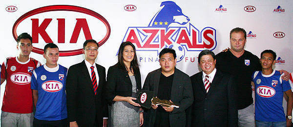TopGear.com.ph Philippine Car News - Azkals extend partnership with Kia's local distributor