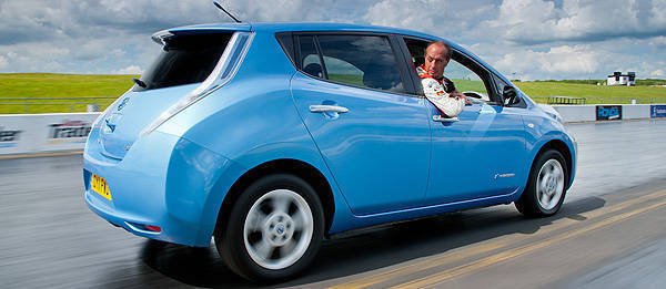 TopGear.com.ph Philippine Car News - Nissan Leaf to run in reverse to set a Guinness world record