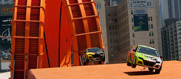TopGear.com.ph Philippine Car News - Team Hot Wheels successfully completes Double Loop Dare
