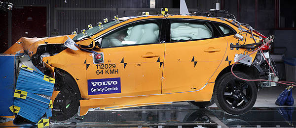 TopGear.com.ph Philippine Car News - Volvo V40 earns Euro NCAP's highest-ever safety rating
