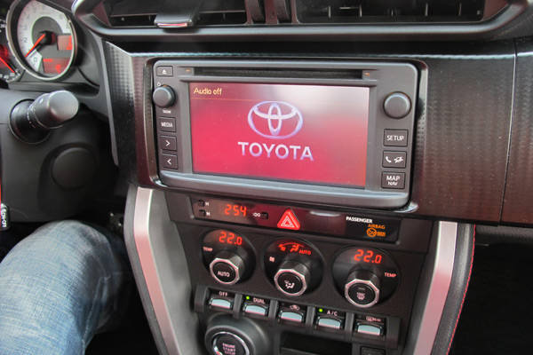 Toyota GT86's audio head unit
