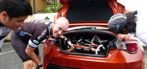 A road bicycle fit inside the Toyota 86.