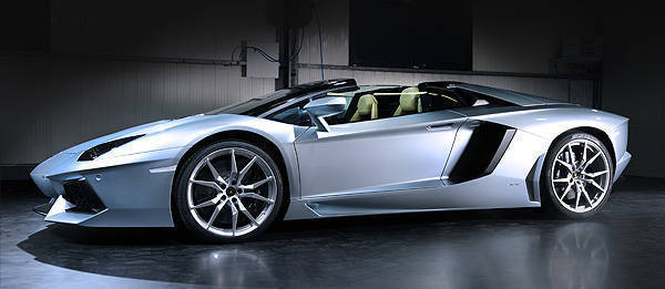 TopGear.com.ph Philippine Car News - Lamborghini sells out Aventador Roadster's first year of production