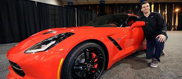 TopGear.com.ph Philippine Car News - Super Bowl XLVII MVP gets all-new Chevrolet Corvette Stingray