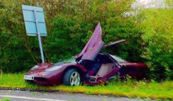 Rowan Atkinson crashes his McLaren F1