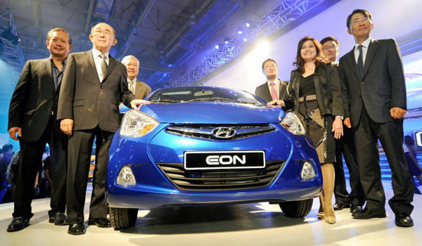 Hyundai at the 2012 Manila International Auto Show