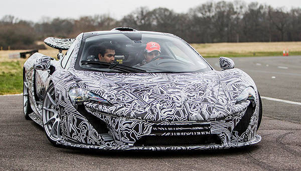 TopGear.com.ph Philippine Car News - Sergio Perez drives McLaren P1 around Top Gear track