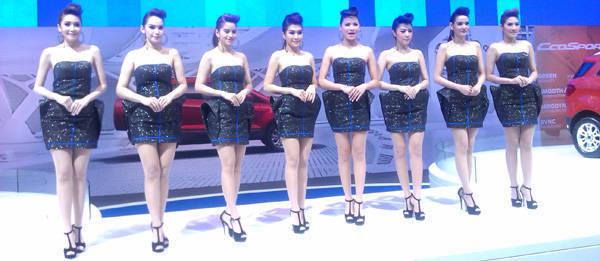 TopGear.com.ph Philippine Car News - The babes of the 2013 Bangkok Motor Show