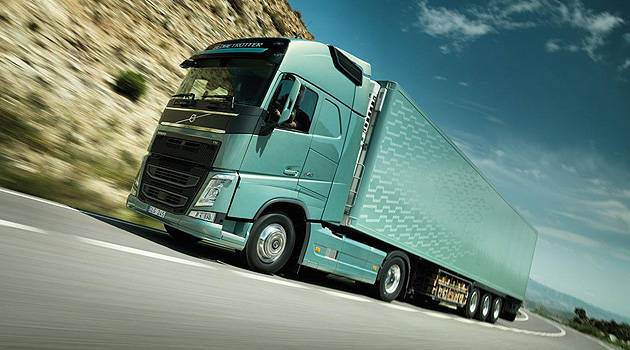 TopGear.com.ph Philippine Car News - Video: Check out the Volvo FH truck's emergency brake system