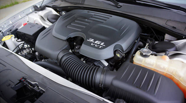 Review: Chrysler 300C V6