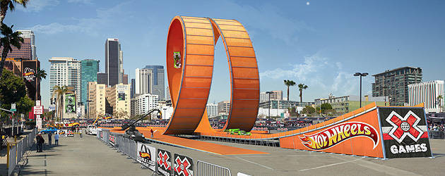 TopGear.com.ph Philippine Car News - Hot Wheels releases documentary of its 'Double Loop Dare' stunt