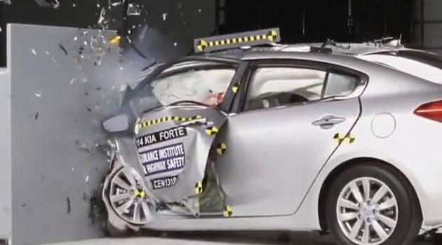 TopGear.com.ph Philippine Car News - Six of 12 cars pass US insurance agency's overlap front crash test