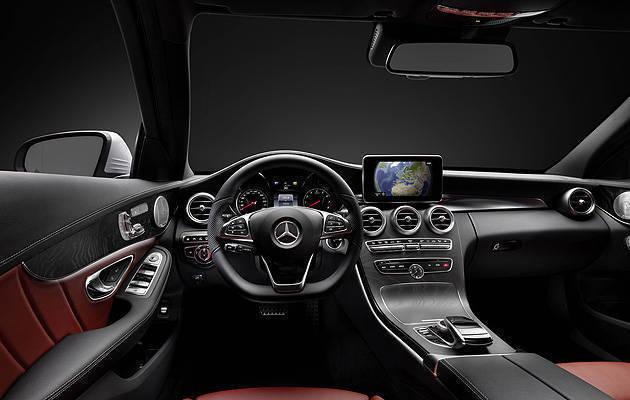 TopGear.com.ph Philippine Car News - Mercedes-Benz shows off all-new C-Class' interior
