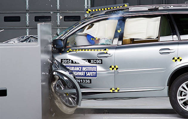 TopGear.com.ph Philippine Car News - Volvo XC90 is old but still earns US insurance group's top safety award