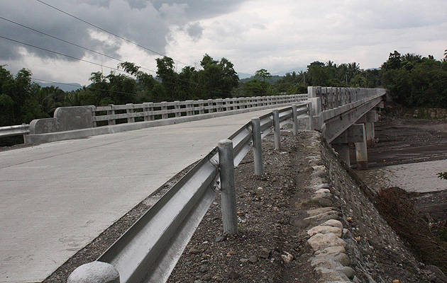 TopGear.com.ph Philippine Car News - DPWH opens all national roads in Eastern Visayas