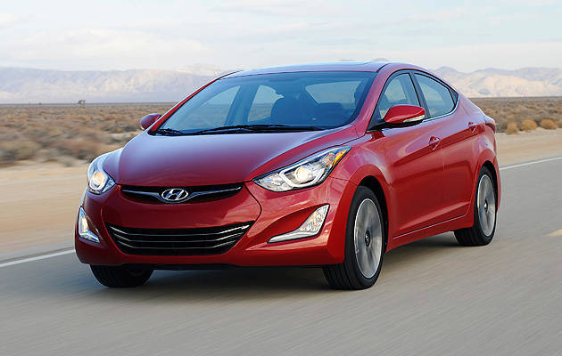Hyundai updates Elantra, adds Elantra Sport to lineup