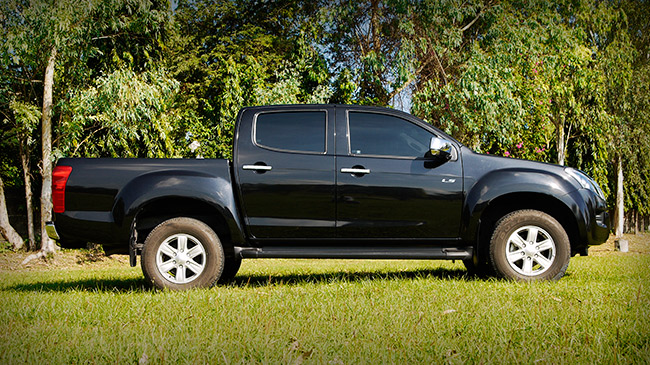 Top Gear Philippines reviews the Isuzu D-Max