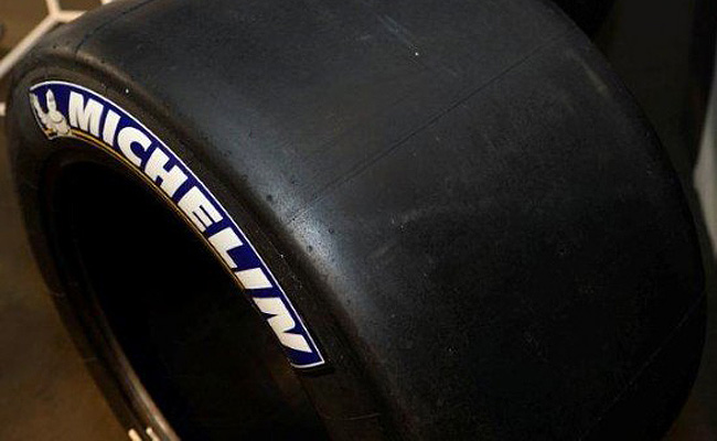 TopGear.com.ph Philippine Car News - Michelin now makes hybrid racing slick tires for wet conditions