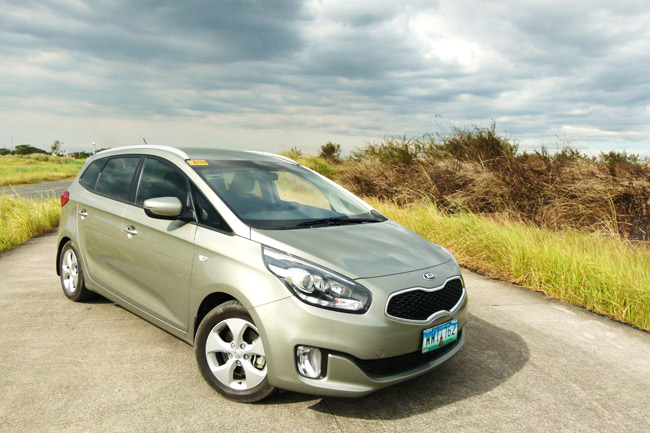 A review of the Kia Carens, the Euro-touch mom mobile