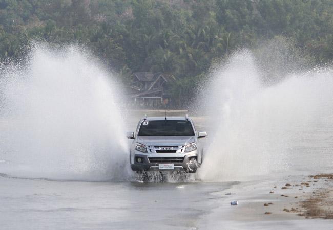 Isuzu D-Max in Ilocos