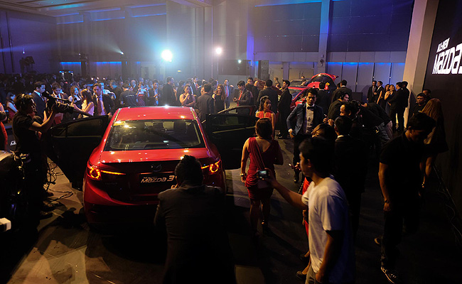 TopGear.com.ph Philippine Car News - All-new Mazda 3 sedan, hatchback units are now here