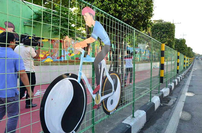 MMDA introduces bike lanes in Quezon City