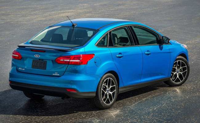 2015 Ford Focus sedan to be unveiled at the 2014 New York Auto Show