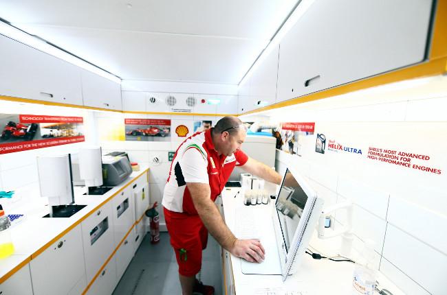 Formula 1 technology spotlight: trackside oil and fuel testing