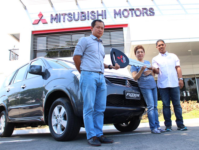 Two lucky Mitsubishi Philippines customers bring home brand-new Fuzion GLS Sport units