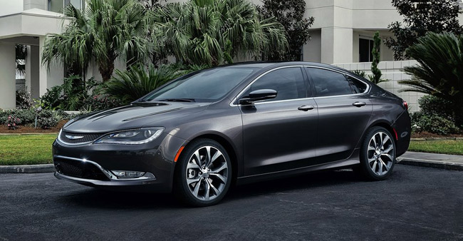 Chrysler goes mainstream, while Dodge focuses on performance