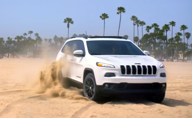 """Jeep """"Call of Summer"""" commercial"""