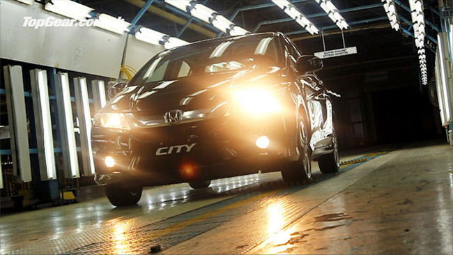 Video: Top Gear Philippines gets first dibs on the Honda City
