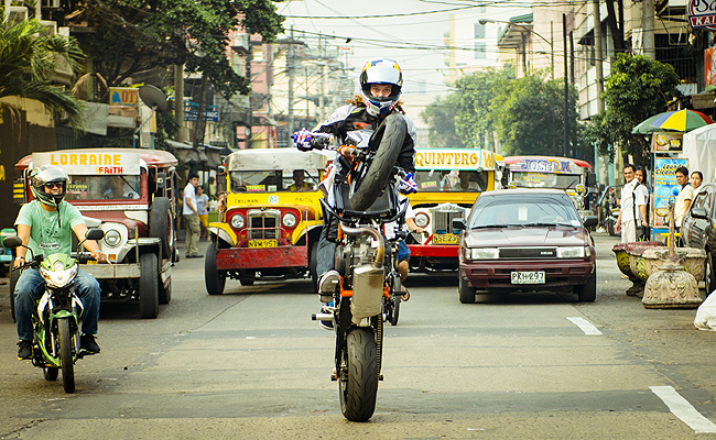 TopGear.com.ph Philippine Car News - Video: Watch Aaron Colton do his motorcycle stunts on our streets