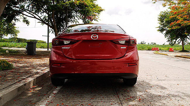 Top Gear Philippines: Mazda 3 Skyactiv 2.0 R review