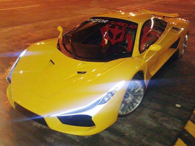 Factor Aurelio Automobile