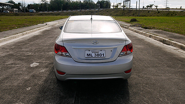 Hyundai Accent CRDi 1.6 E MT sedan review in the Philippines