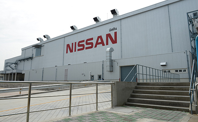 TopGear.com.ph Philippine Car News - Nissan begins assembly of all-new Navara in new Thailand plant