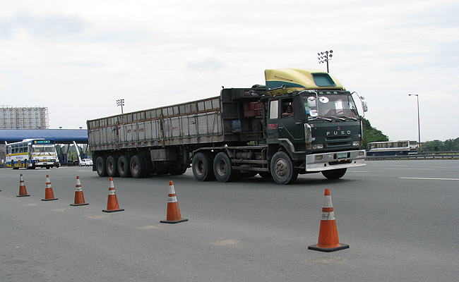 TopGear.com.ph Philippine Car News - Trucks to be banned from NLEX from July 26 to 28