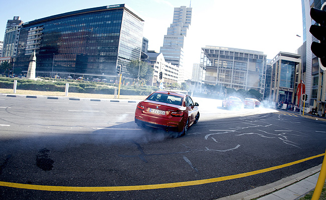 TopGear.com.ph Philippine Car News - BMW releases 'Drift Mob' video starring five M235i Coupes