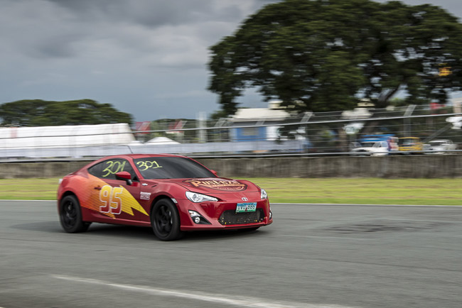 2014 Vios Cup Leg 2: The smoking tires and the car club runs