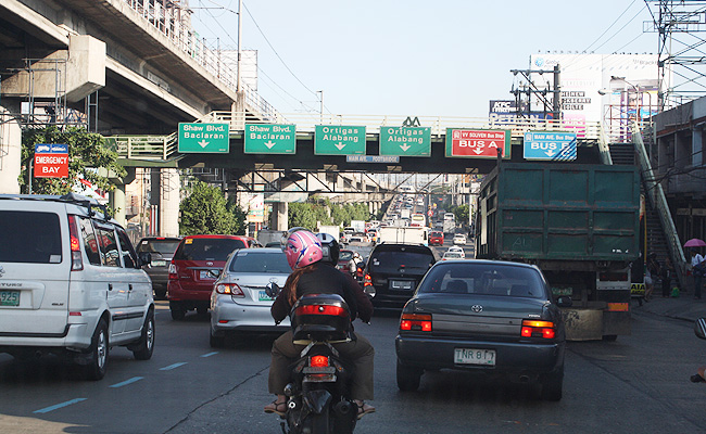 TopGear.com.ph Philippine Car News - MMDA lifts number-coding from December 23, 2014 to January 4, 2015