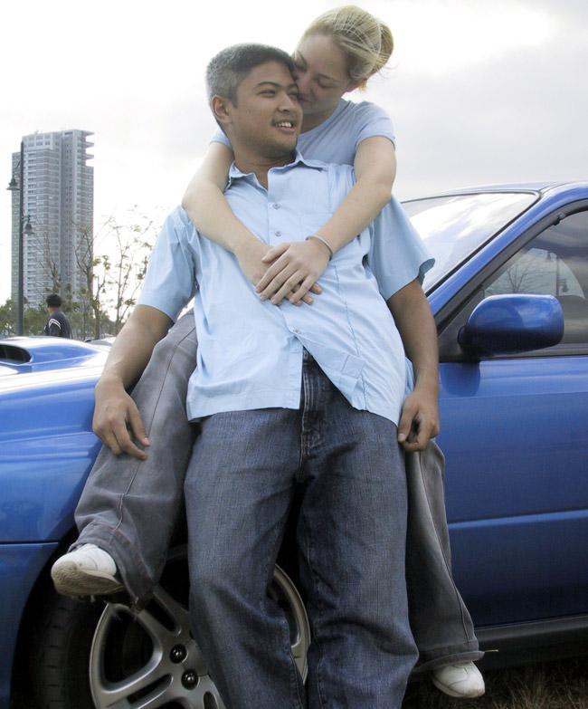 Enzo Pastor and Dalia Guerrero