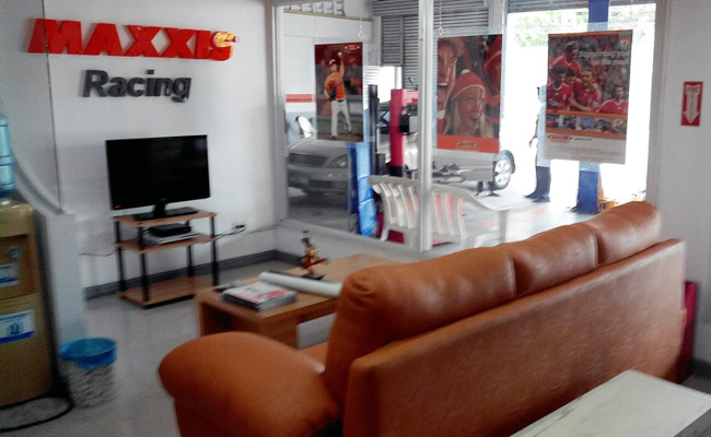 Maxxis Performance Center