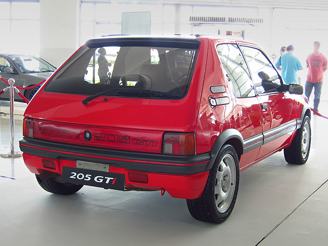 Peugeot 205 at PIMS 2014