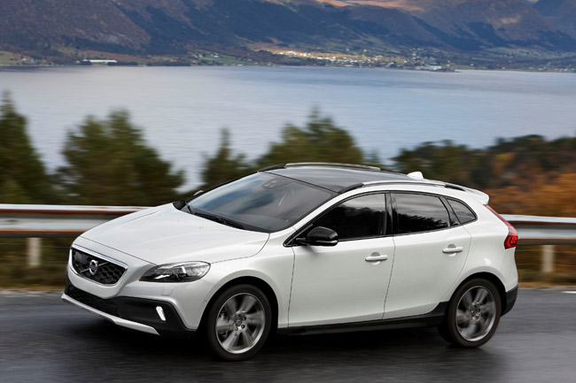 Volvo V40 Cross Country all-wheel drive
