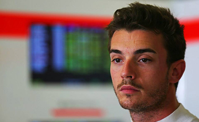 TopGear.com.ph Philippine Car News - Marussia F1's Jules Bianchi suffers severe head injury in rain-stopped Japanese Grand Prix