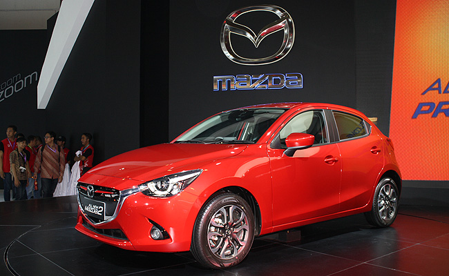 TopGear.com.ph Philippine Car News - Mazda 2 is 2014-2015 Japan Car of the Year