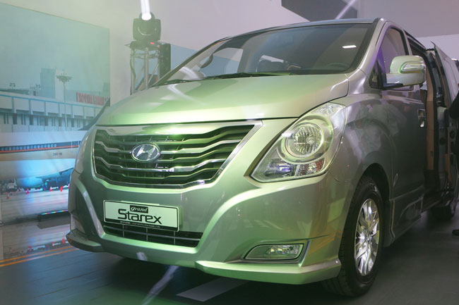 Hyundai Grand Starex Gold