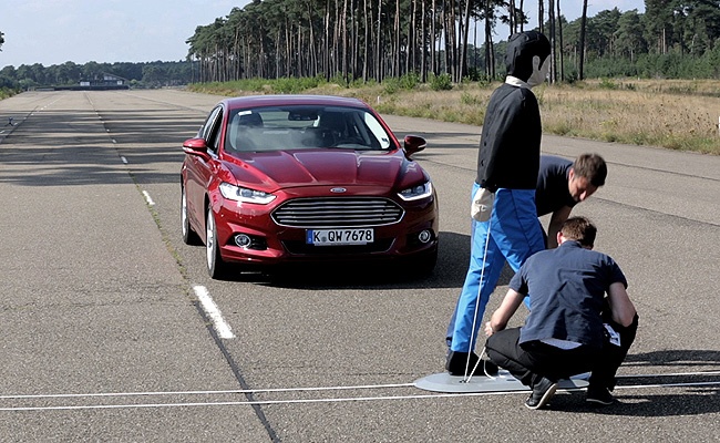 TopGear.com.ph Philippine Car News - Ford to introduce pre-collision assist with pedestrian detection to its cars
